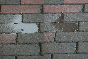 写真20100424a: 歩道の水たまり